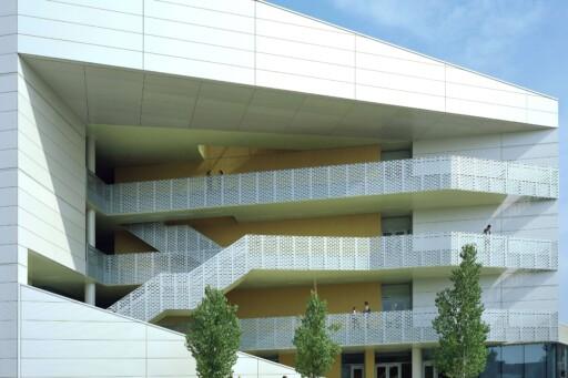 CSUN Chaparral Hall, Mehrdad Yazdani, Yazdani Studio